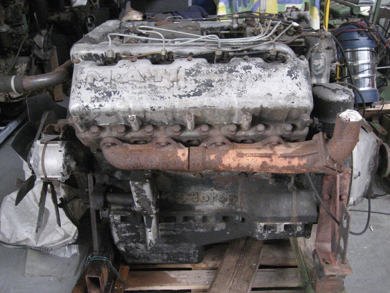 MAN Achtzylinder V Motor D 2658